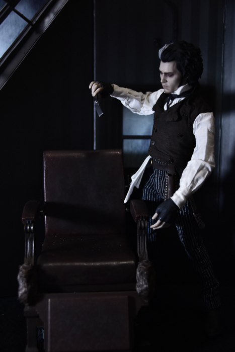 ツバキアキラが撮った、ホットトイズのスウィーニー・トッド。セットについていた、トッド氏の部屋がリアル過ぎる。