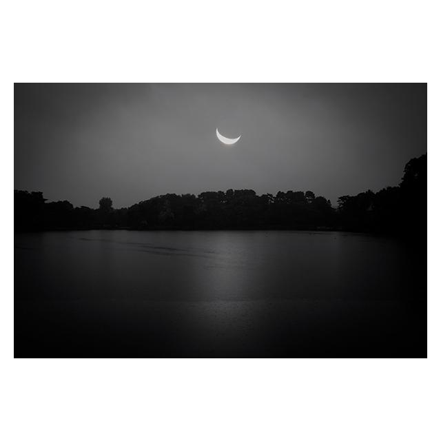 ツバキアキラが中原中也の詩をイメージして撮った写真集「中也」より